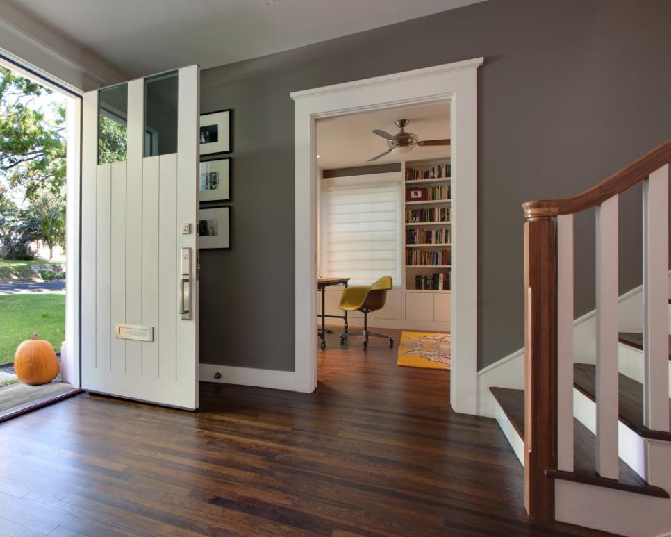 Foyer Style: Door