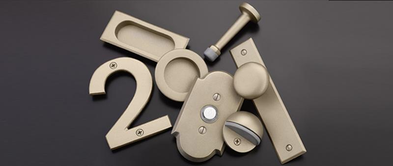 tumbled-white-bronze hardware