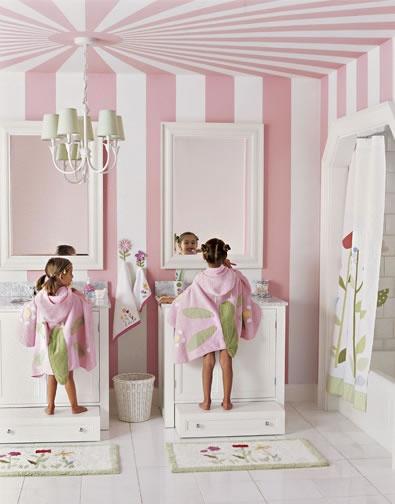 Neutral Family Bathroom For Kids