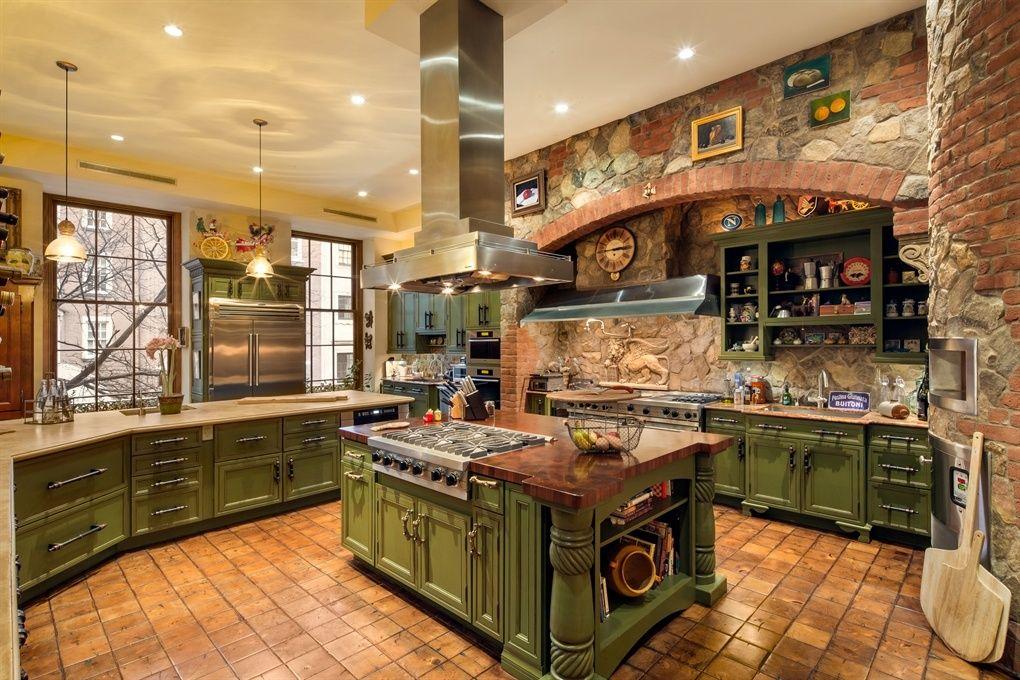 Mediterranean kitchen green cabinets