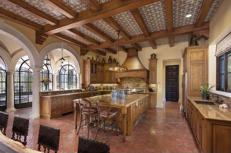 mediterranean-kitchen-with-tile-flooring-i_g-IS-1acc25znorpel-4Wf7m