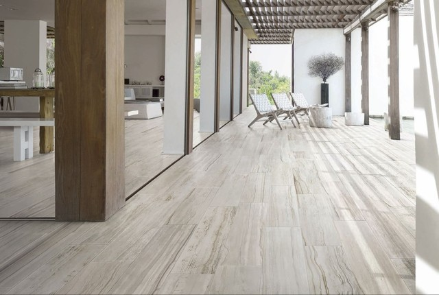 the difference between porcelain and ceramic tile