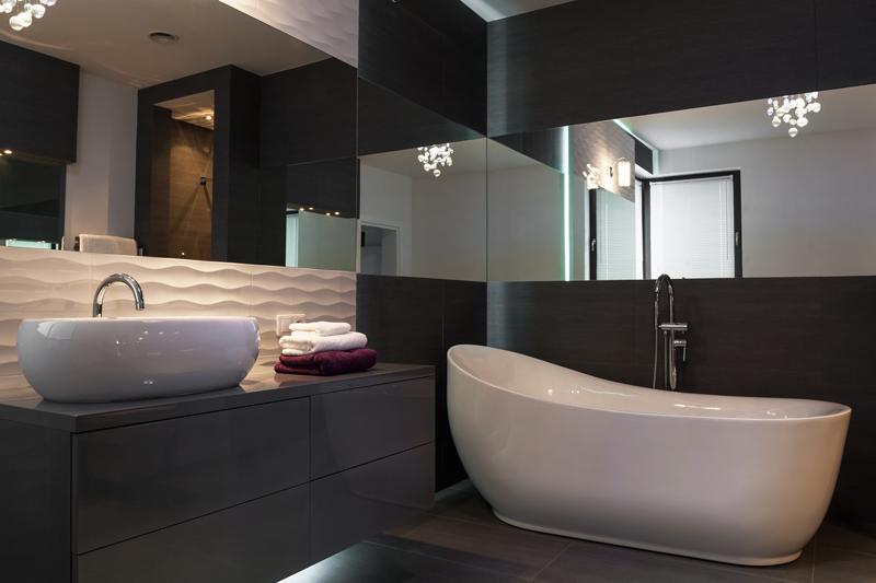 bathroom-dark-colors bathroom design trends
