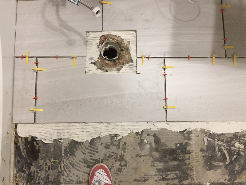 toilet-flange laying floor tile
