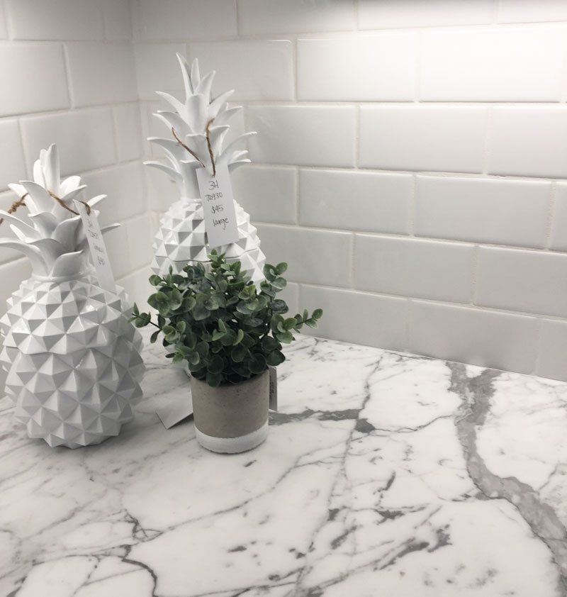 White-quartz-subway-tile kitchen homearama 2017