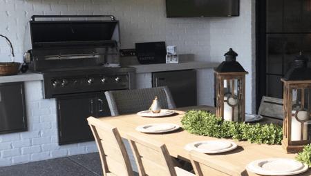 Outdoor-Kitchen-Landscape-Design-Tips