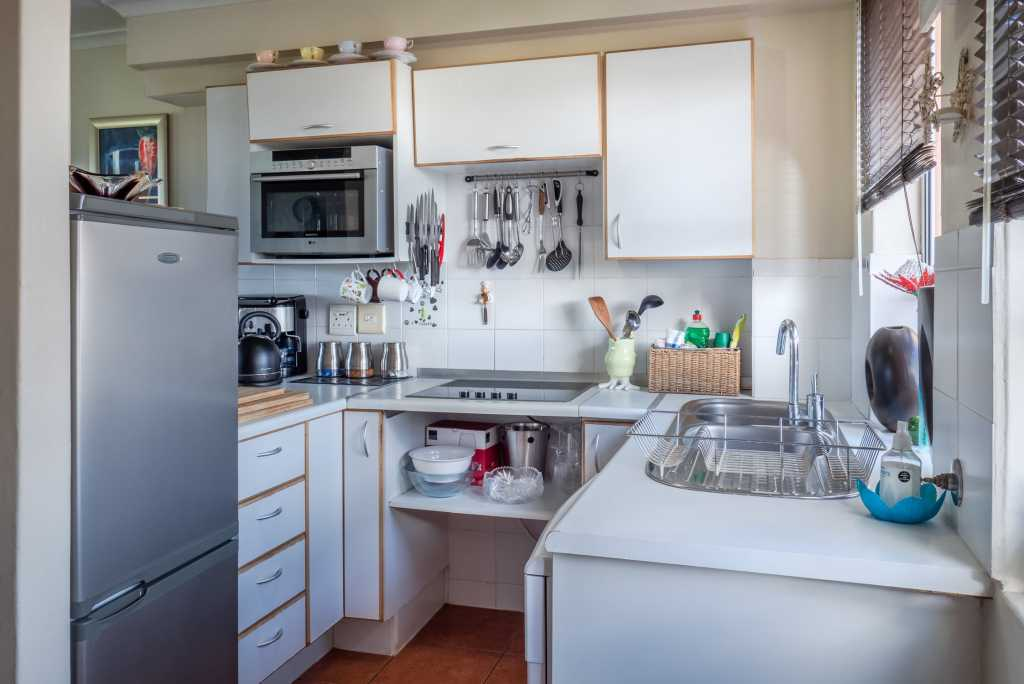 kitchen storage-builders surplus