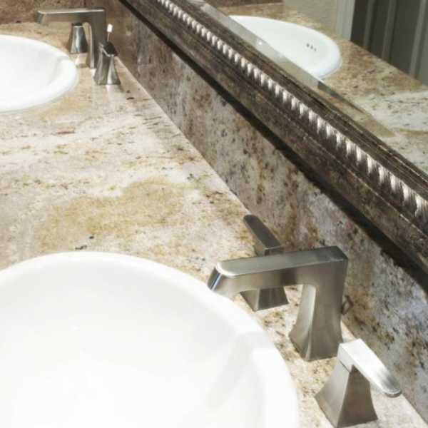 Huntington Brass Reflection Widespread Faucet - Satin Nickel